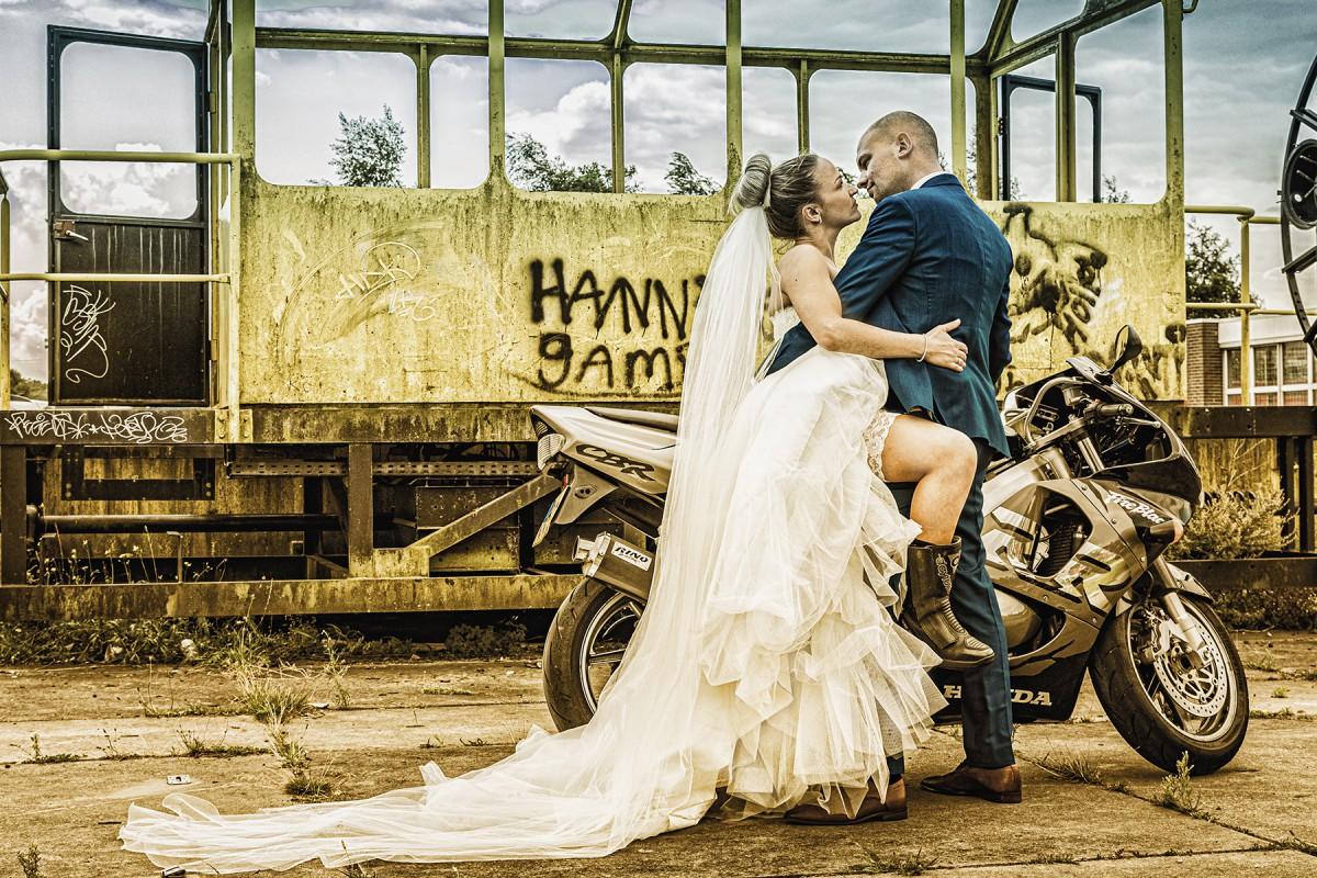 KayPhoto4u, trouwfoto, trouwfotografie, bruidsfotograaf, wagenwerkplaats amersfoort